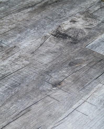 Vinylboden mit integrierter Trittschalldämmung, Futura Floors Manchester, 6,5 x 175 x 1210 mm, Kanten gefast, Nutzungsklasse 33/42, Nutzschicht 0,5 mm, in Holzoptik mit stabiler SPC Vinyl Trägerplatte