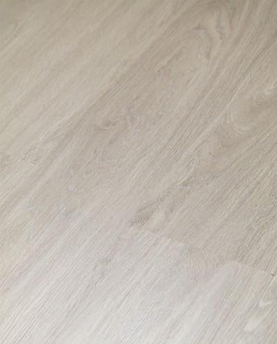 Vinylboden mit integrierter Trittschalldämmung, Futura Floors London, 6,5 x 175 x 1210 mm, Kanten gefast, Nutzungsklasse 33/42, Nutzschicht 0,5 mm, in Holzoptik mit stabiler SPC Vinyl Trägerplatte