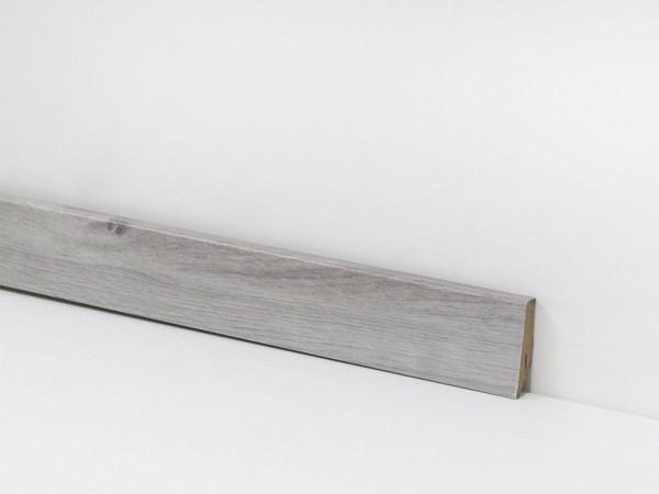 Check Vinyl Sockelleiste Nr. 2416 mit den Abmessungen 18 x 58 x 2400 mm