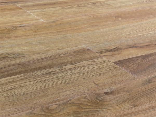 Vinylboden Holzoptik, Check one Breitdiele Victoria Eiche, 4,0 x 227 x 1220 mm, Kanten gefast, Nutzungsklasse 33/42, Nutzschicht 0,55 mm, mit stabiler RIGID Vinyl Trägerplatte