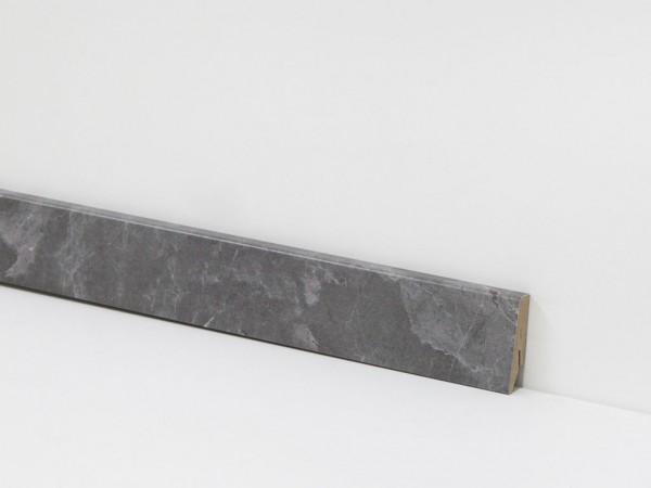 Check Vinyl Sockelleiste Nr. 2103 mit den Abmessungen 18 x 58 x 2400 mm