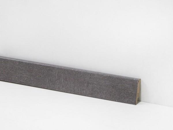 Check Vinyl Sockelleiste Nr. 2114 mit den Abmessungen 18 x 58 x 2400 mm