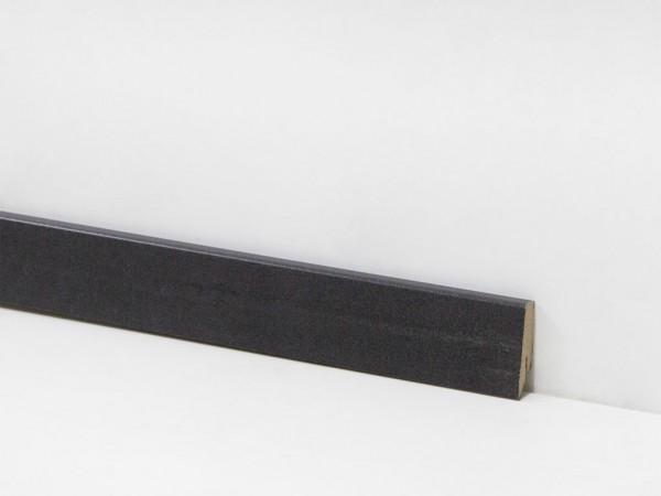 Check Vinyl Sockelleiste Nr. 2110 mit den Abmessungen 18 x 58 x 2400 mm